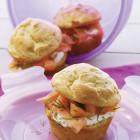 Muffin au saumon, crème légère à l'aneth