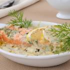 Pavé de saumon gratiné, sauce crémée aneth et citron